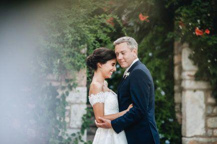 Katerina & Paul 🌿 #love #weddingday #weddingphotography #konstantinosart #destinationwedding #weddingingreece #bride #groom #portrait