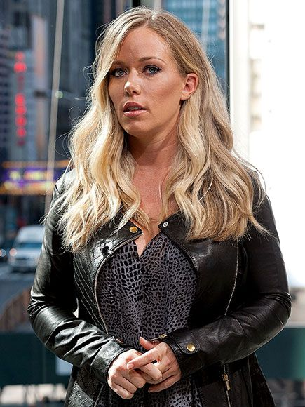 baskett divorced singles Single and not ready to mingle kendra wilkinson is not ready to date after her  divorce from hank baskett, a source close to the reality star.
