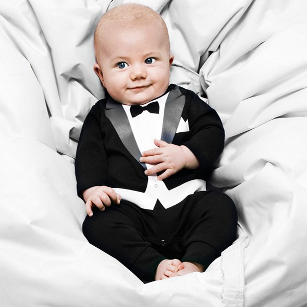 OMG I want to little baby tux! If someone gets married and I have a little boy, they are totally wearing this!