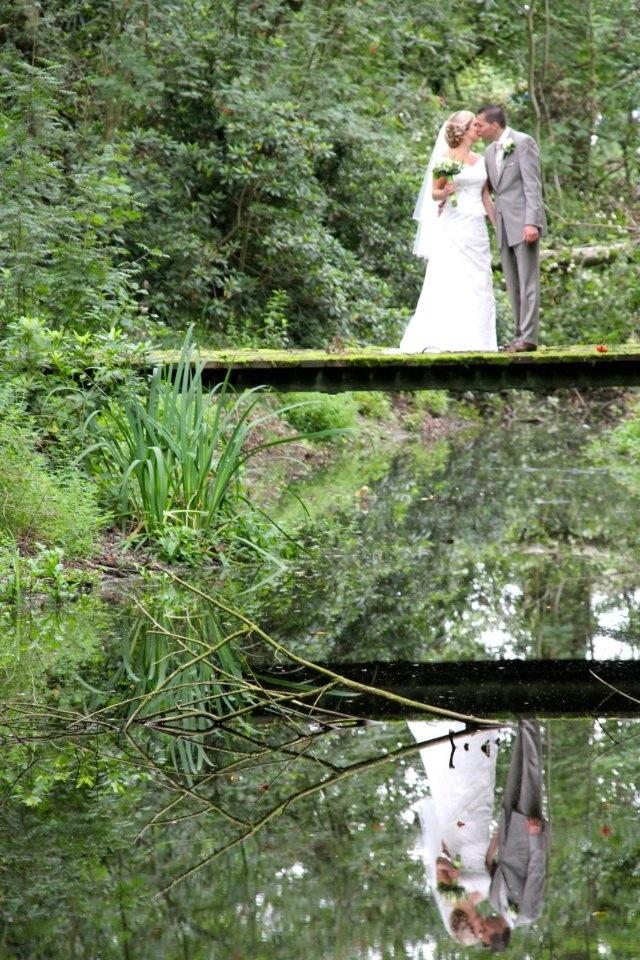 Magical reflection... Bruiloftsfotografie: www.valeriehendrikx.nl