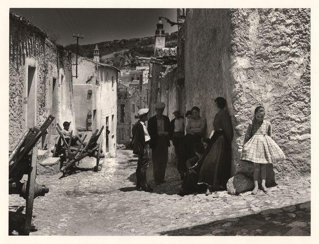 Jean Dieuzaide, Oliéna, Sardaigne, 1956. Learn Fine Art Photography - https://www.udemy.com/fine-art-photography/?couponCode=Pinterest22