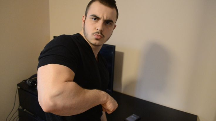 How to Build Big Forearms at Home - http://buildphysique.com/how-to-build-big-forearms-at-home/