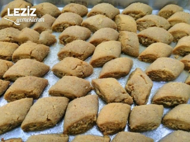 Bal Badem Tatlısı (Ağızda Dağılan)