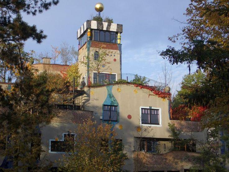 Wohnhaus in Bad Soden bei Frankfurt, Arch.: Friedensreich Hundertwasser.