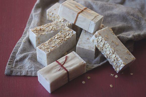 les 25 meilleures id es concernant fabriquer du savon sur pinterest savons faits maison. Black Bedroom Furniture Sets. Home Design Ideas