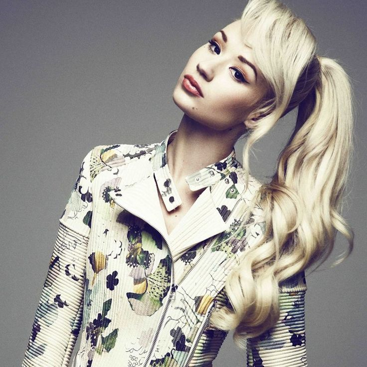 Iggy Azalea and Charlie XCX team up for a new song collaboration called 'Fancy'