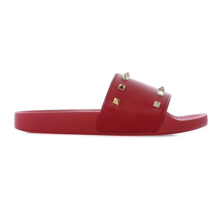 Chanclas antideslizantes rojas  Categoría:#chanclas #primark_mujer #zapatos_mujer en #PRIMARK #PRIMANIA #primarkespaña  Más detalles en: http://ift.tt/2qN3U64