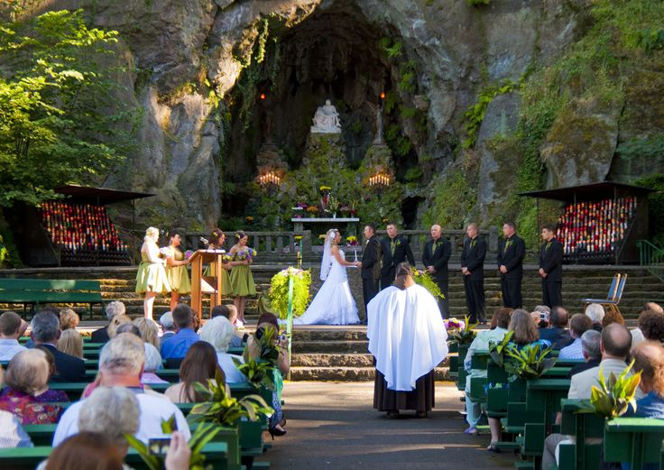 wedding ideas portland so magical the grotto portland or pl i the grotto 28293