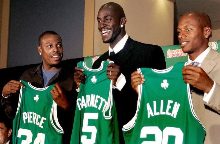 El 31 de julio de 2007, los Boston Celtics traspasaron cinco jugadores y dos primeras rondas de draft a los Minnesota Timberwolves a cambio de Kevin Garnett. El resto es Historia #KevinGarnett #TheBigTicket #KG5 #CelticsBigThree #BostonCeltics #CelticPride #BleedGreen #GreenRunsDeep #AllAbout17 #TenYearsAgo #PaulPierce #RayAllen