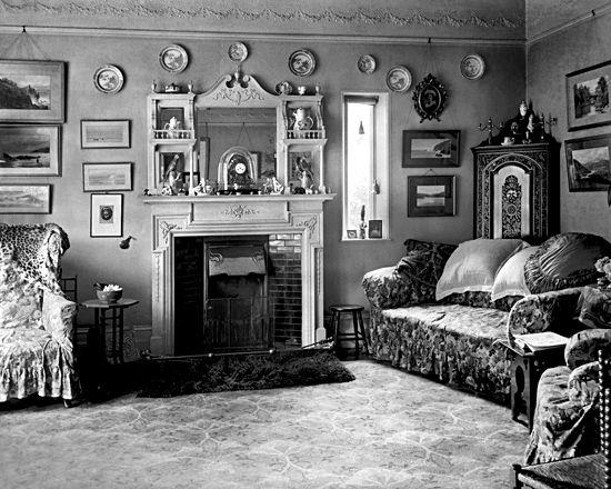 Victorian interior, 1890s