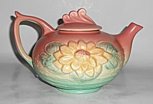 Hull Art Pottery Water Lily Teapot W/lid