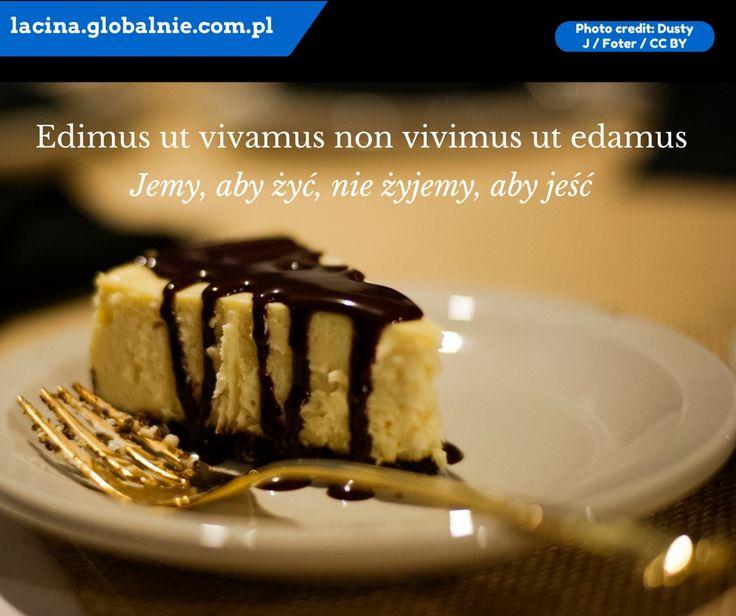 Jemy, aby żyć, nie żyjemy, aby jeść :) Sentencja łacińska o jedzeniu.  #łacina #językłaciński #sentencjełacińskie #cytaty #złotemyśli #łacinaonline