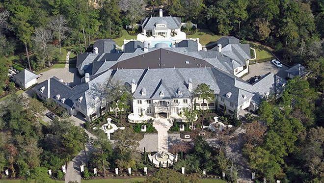 Inside multi million dollar homes real estate property for Millionaire houses for sale