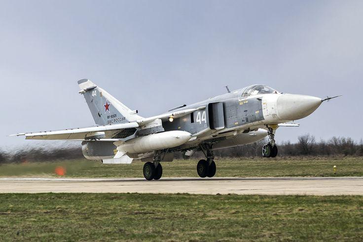 https://flic.kr/p/T6wo69 | RF-93525 | Russian Air Force Su-24M