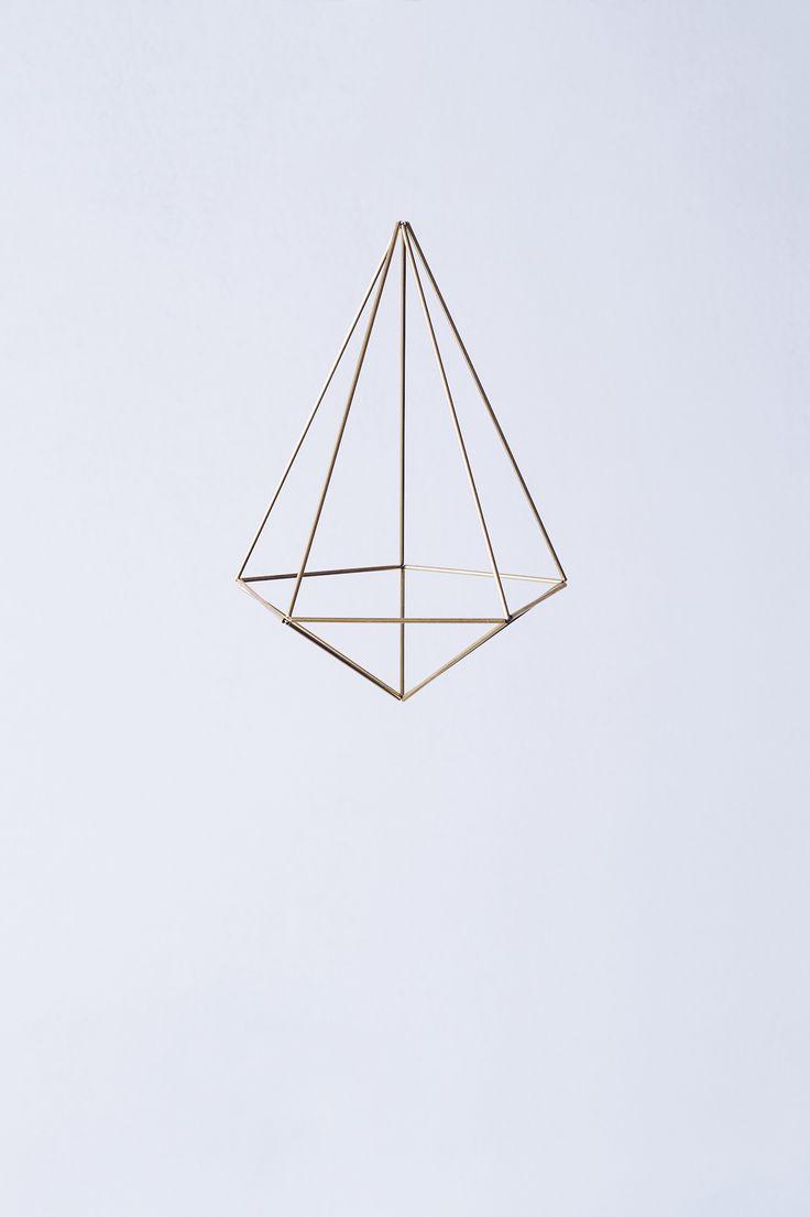 Diament złoty marki kindforms #ladnerzeczy #targirzeczyladnych #ladnerzeczydziejasiewinternecie #polishdesign #design