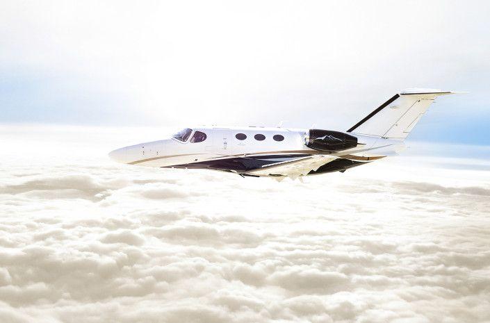 Fotografie de aviatie http://valigreceanu.ro/portofoliu-fotograf/toyo-aviation-fotografii/