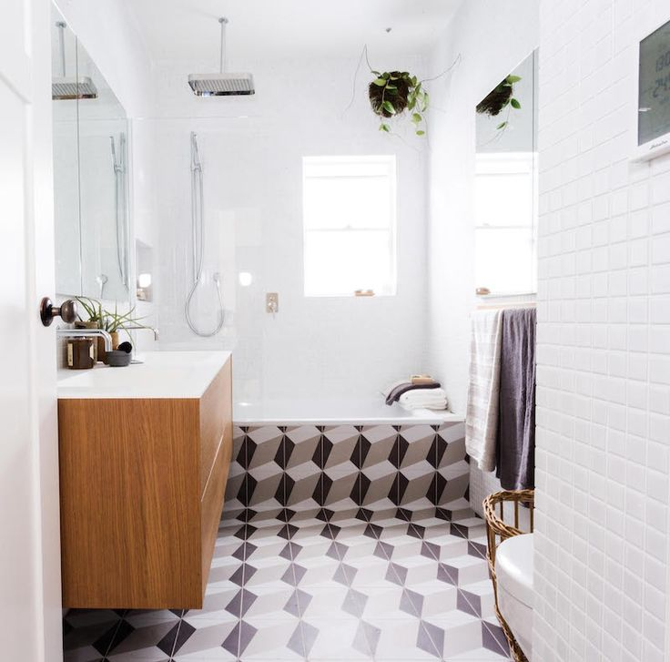 Interesting use of patterned tiles on Reno Rumble