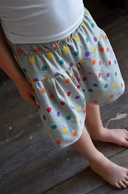 Skort Tutorial: Sewing Kidscloth, Sewing Stuff, Sewing Projects, Skort Culott Tutorials, Sewing Ideas, Schools Skort, Skort Tutorials, Children Wear, Sewing Bags
