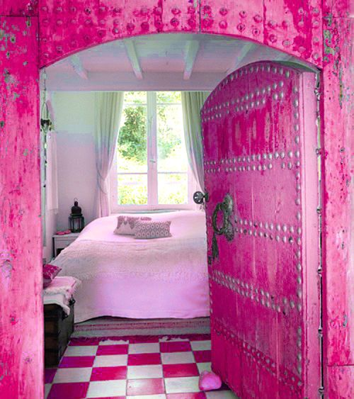 I dont like all the pink but the door style is really adorable!!