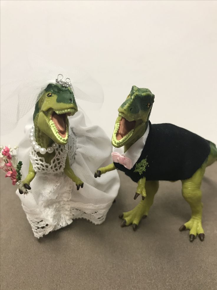 25+ best ideas about Dinosaur cake toppers on Pinterest ...
