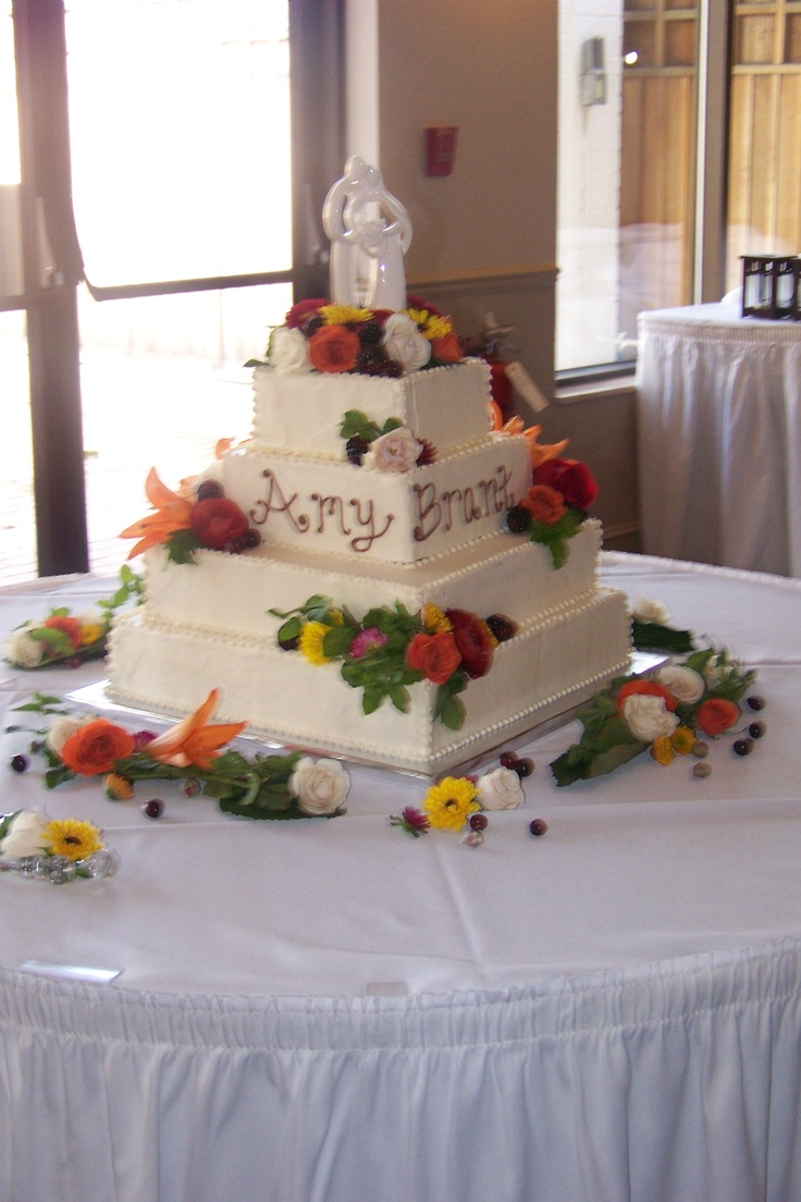 square wedding cakes with fall flowers 49 best non traditional seasonal or themed wedding cakes 20419