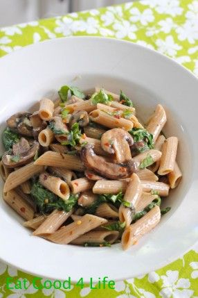Creamy mushroom and spinach pasta: 1 lb whole wheat penne pasta 16 oz fresh mushrooms, sliced 3 garlic cloves, chopped 1/2 cup Parmesan cheese 12 oz container cream of mushroom 6 oz fresh spinach Fresh Parley, basil works good too 2 Tbsp olive oil Celtic Salt and pepper to taste