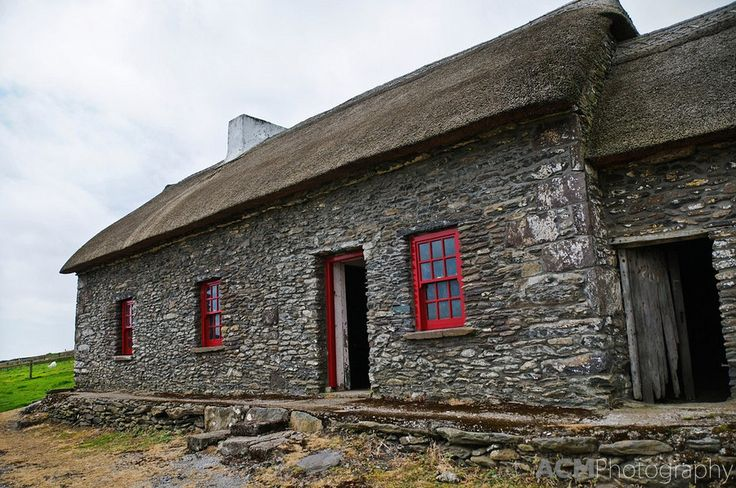 County Kerry - The Famine Cottage is a museum on the Dingle peninsula that was once inhabited by an Irish family that emigrated during the Irish Potato Famine.