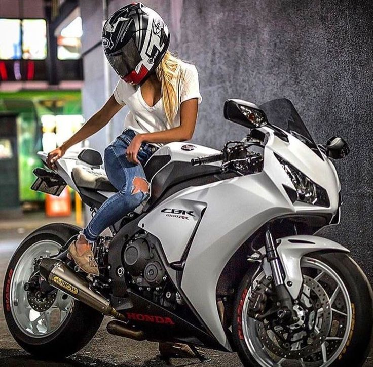 2328 Best Sportbike Girls Images On Pinterest Car Candies And
