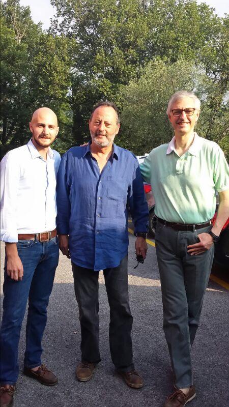 """Edmondo e Luigi Segre welcome Jean Reno at """"La Meridiana Garlenda""""."""