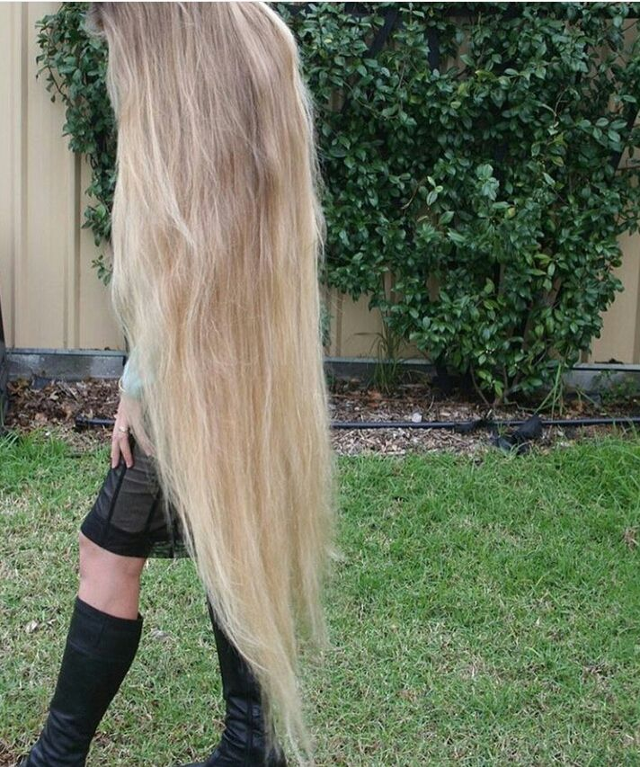 floor length blonde hair - photo #4