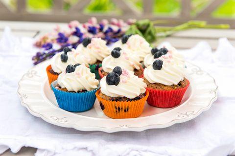 Kesän ensimmäiset mustikat maistuvat ihanilta muffineissa!