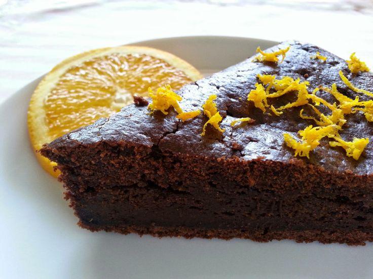 """Bizcocho de """"chocolate"""" y naranja (algarroba)"""