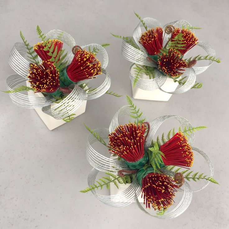 Pohutukawa Trio Cubes with silver loops.  www.flaxation.co.nz
