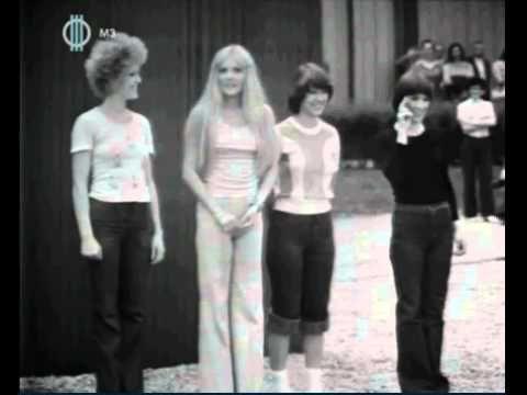 Kovács Kati, Cserháti Zsuzsa, Karda Beáta, Katona Klári 1976 - YouTube