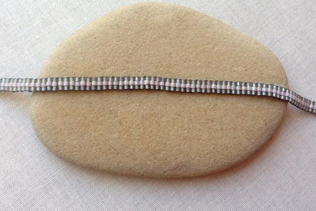 Slinky Ladder Stitch Bracelet Project: Finishing the Ladder Stitch Chain