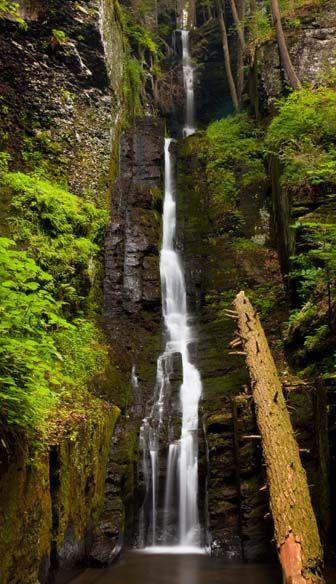 Silverthread Falls at Delaware Water Gap National Recreation Area (Delaware, PA) #NationalParks