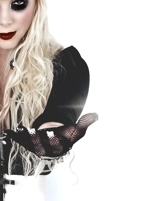 In This Moment: Maria Brink (Side Crop)