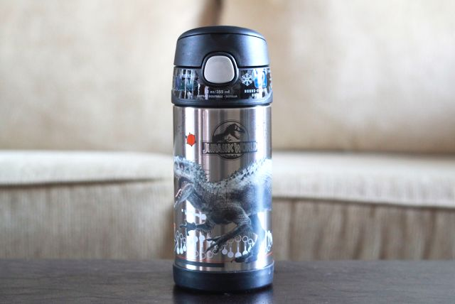 Jurassic World FUNtainer by @thermosbrand