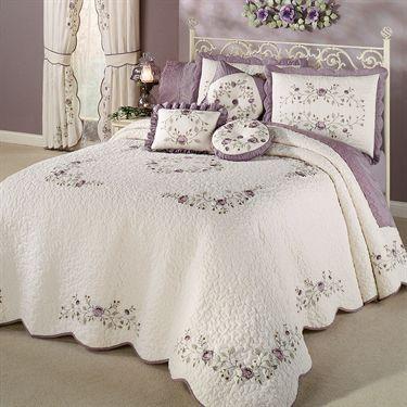 Vintage Bloom Lavender Grande Bedspread Bedding Bedding