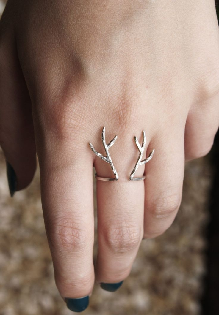 Sterling silver antler ring. £20.00, via Etsy.