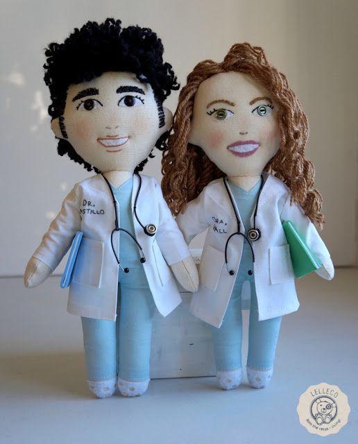 Lelleco Blog: muñecos personalizados médicos Personalised dolls of doctors, made to order.