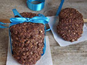 Újabb zabpelyhes keksz, mert szeretjük. :) Igazából mindig az kerül bele, olyan ízesítést kap a keksz ami éppen van itthon. Most ez a ...