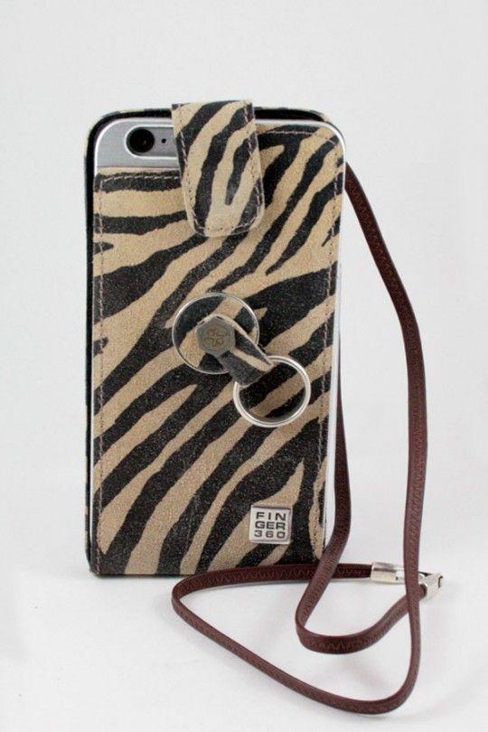 Protección movil para iPhone 5 en piel de serraje auténtica. Con tapa, sistema anticaídas Finger 360 y cordón para colgar. Diseñado y fabricado en España.