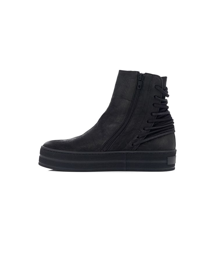 THE LAST CONSPIRACY LEATHER SNEAKERS The Last Conspiracy Woman  Black sneakers with zip  calfskin  black sole rubber  laced at the back  side zip closure  100% Leather