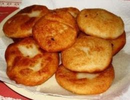 A breakfast staple of Puerto Rico, arepas! Oh how I have such fond memories of these.