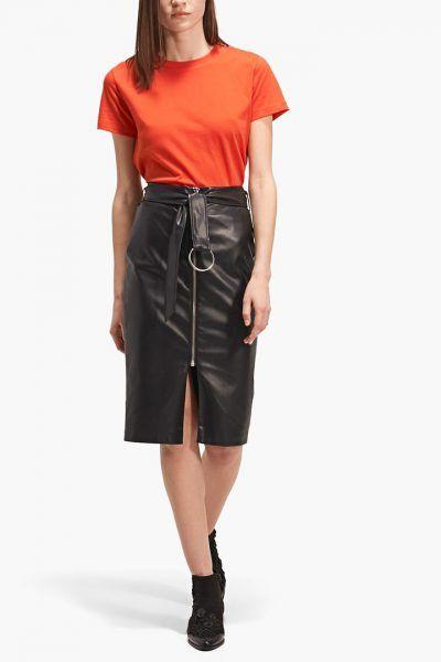 Las faldas midi van a ser la prenda estrella de esta primavera y nosotras te hacemos una selección de las mejores.