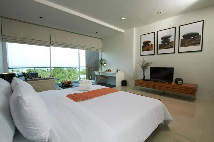 Golden Tulip Samudra Hua Hin hotel, Thailand    Come stay with us and spend a great relaxing weekend!     Our hotel offers you all the comfort you need while you are just few minutes away from the beach.