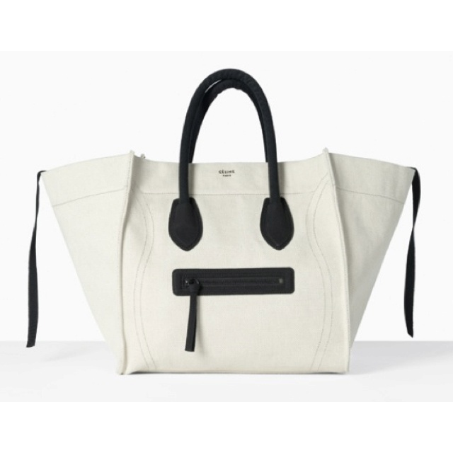 กระเป๋าเสาร์อาทิตย์????