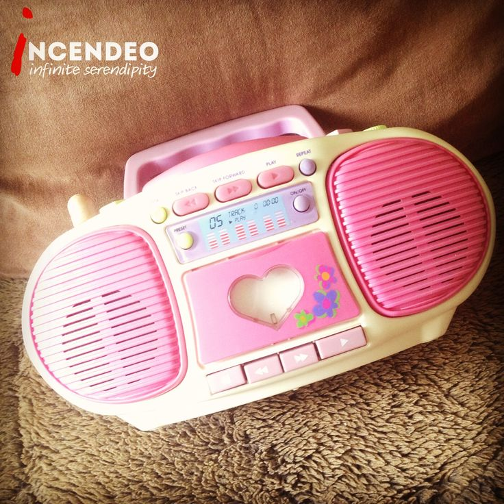 Vintage Barbie CD Cassette Boom Box BE-160. #barbie #mattel #boombox #toy #cd #cassette #player #talking #dance #song #play #retro #vintage #collection #collectible #incendeo #infiniteserendipity #玩具 #收藏 #芭比娃娃