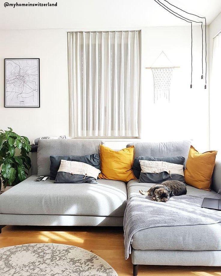 In Diesem Wunderschonen Wohnzimmer Ist Entspannung Vorprogrammiert Ein Super Bequemes Graues Sofa Kuschelige Kissen Plaids Sow Haus Deko Zimmer Wohnzimmer